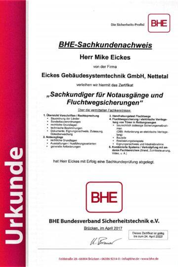 https://eickes.com/wp-content/uploads/2021/05/Mike-BHE-Sachkundiger-fur-Notausgange-und-Fluchtwegsicherungen-360x540.jpg