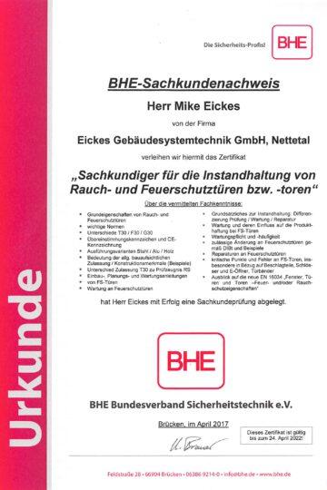 https://eickes.com/wp-content/uploads/2021/05/Mike-Sachkundiger-fur-die-Instandsetzung-von-Rauch-und-Feuerschutzturen-bzw.-toren.-360x540.jpg