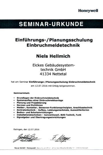 https://eickes.com/wp-content/uploads/2021/05/Novar-Niels-Hellmich-1-360x540.jpg